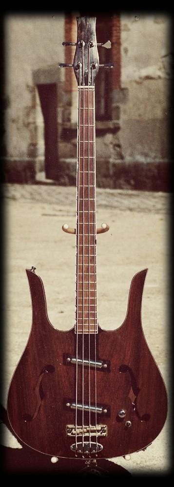 Dano Bass